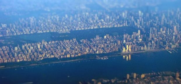 A view of Manhattan by blueridgekitties. You can access the full image on http://www.flickr.com/photos/blueridgekitties/4934291515/