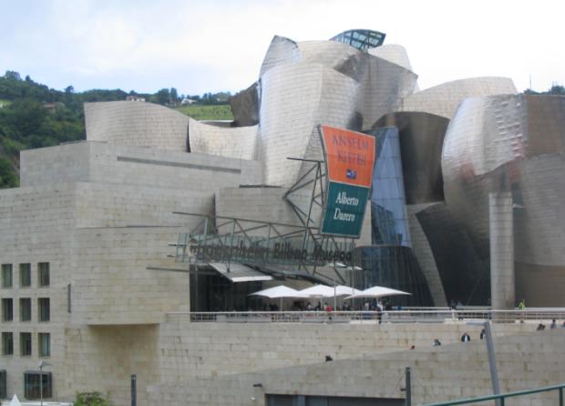 Titanium clad: Guggenheim Bilbao