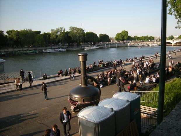 Between Concorde and Pont Alexandre III