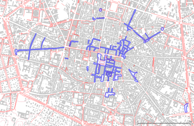 Central Bologna, using municipal open data. Red lines: sidewalks. Blue areas: pedestrian- only streets.