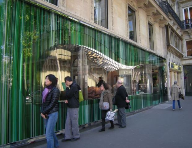 A chocolate shop just in front of the Madeleine church in Paris